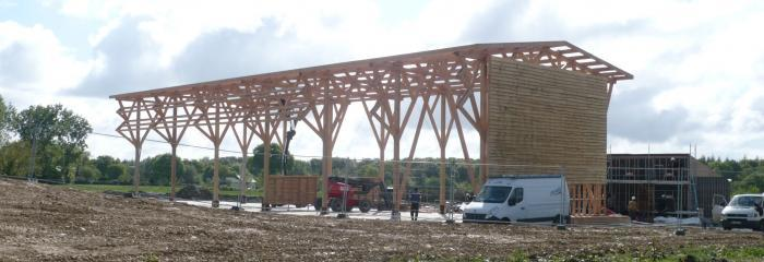 Graine d'habitat conçoit une plateforme biomasse multifonctionnelle